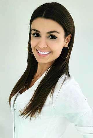 Dra. Neliane Cora Vellozo